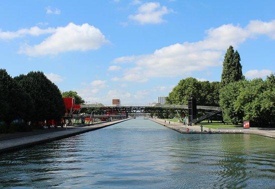 Canauxrama: le bassin de la Villette