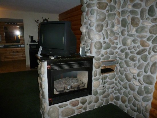 Motel West: the fire place