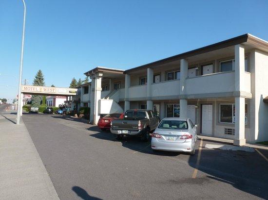 Motel West: motel