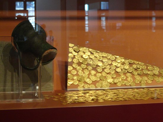 Pythagorion Archaeological Museum: Una ricca collezione di monete