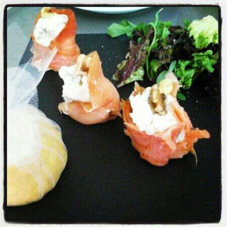 Nostos Restaurant: salmon with creamcheese