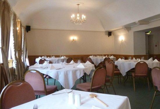Sadler's Brasserie: upstairs dining