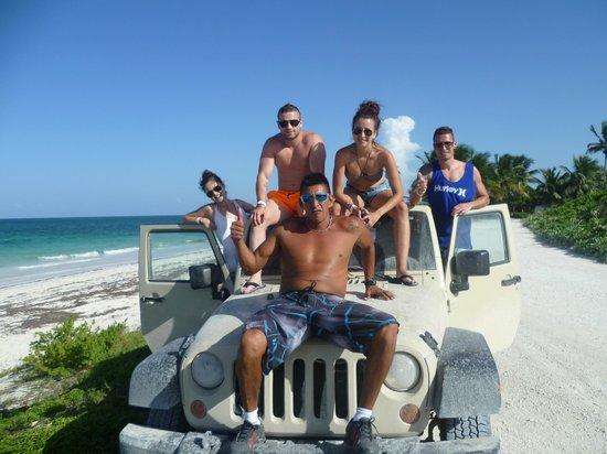 Sian Ka'an Jeep: Jeep con Arturo (el guia)