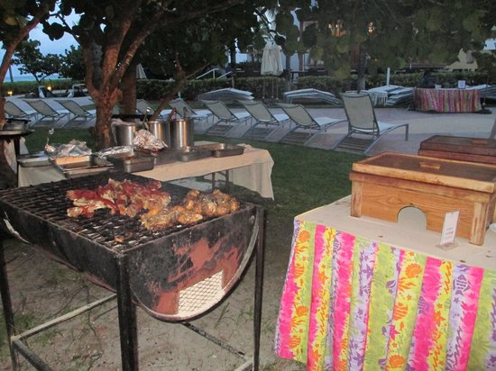 Bbq Station At Fish Fry Picture Of Grand Lucayan