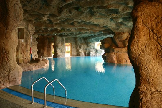 Cave Area Of Main Pool Picture Of Sentido Palm Royale
