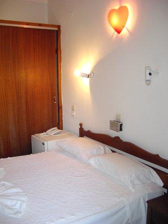 호텔 몰리보스 II