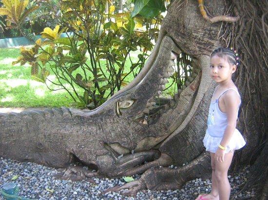Hotel Fontan Ixtapa : mi hija