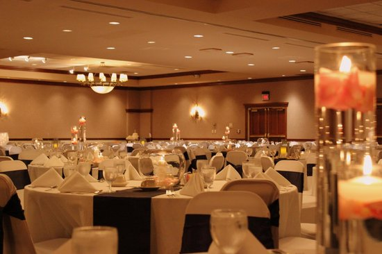Clarion Hotel Highlander Conference Center Iowa City Iowa