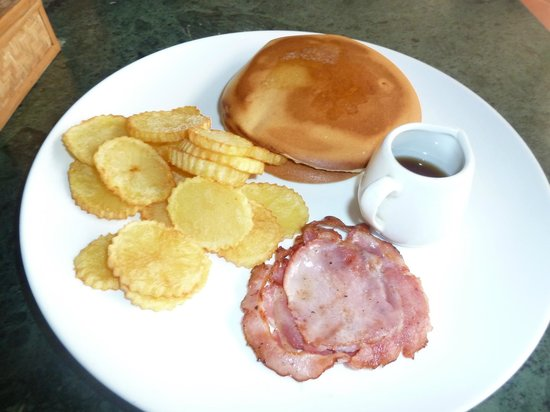 Coolabah Hotel: Breakfast ~$4-5
