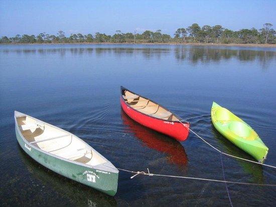 Cape San Blas Inn: Kayak & Canoes on Bay