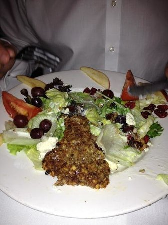 Barnaby's Restaurant: walnut salad with crusted chicken