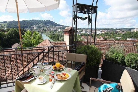 """BELLEVUE PALACE Bern: Breakfast at the """"Terrasse"""""""