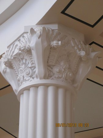 National Cowgirl Museum and Hall of Fame: fabulous horsehead columns