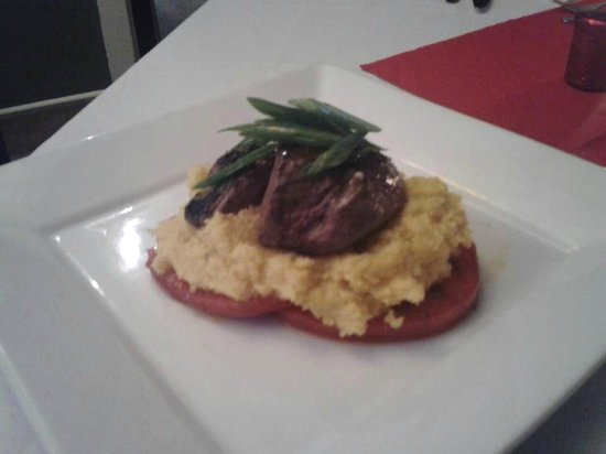 Slyce Bistro and Pizzeria: Wagyu fillet mignon, with smoked cheddar and scallion polenta, and charred tomato salad