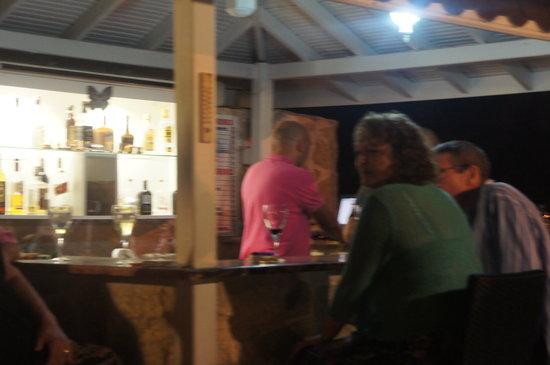 Kelebek Hotel : drinks at bar