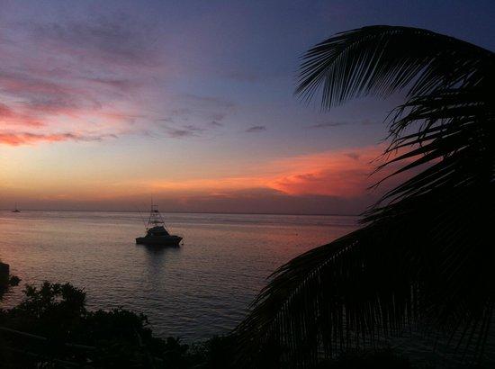 Silver Seas Resort Hotel: Sunset