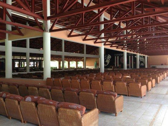 Majestic Colonial Punta Cana: Auditorium