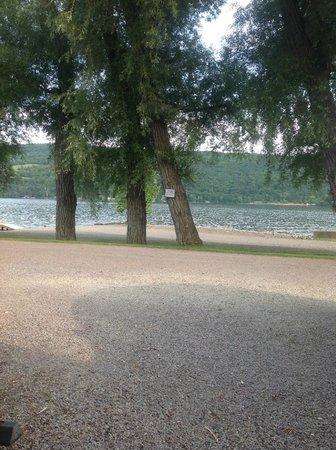 Keuka Lakeside Inn: Get a lakeside room if possible.