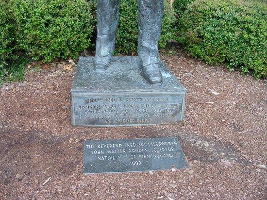 Birmingham Civil Rights Institute : Memorial