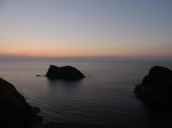 Bottreaux House Bed & Breakfast: Sunset at Boscastle