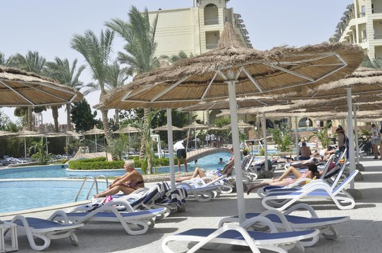 Panorama Bungalows Aqua Park Hurghada: Am Pool