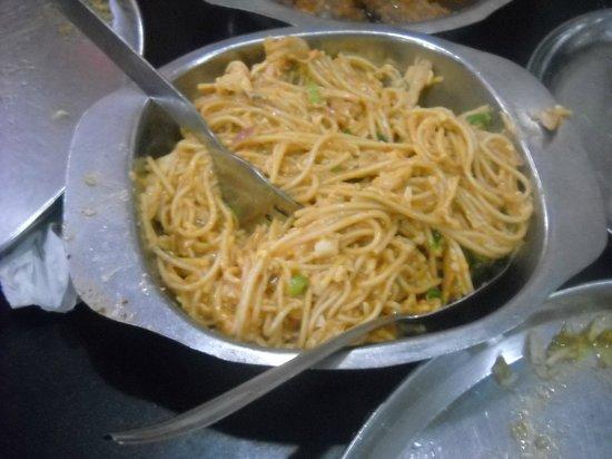 Sher-E-Punjab Restaurant: Gravy so called noodles very less quantity