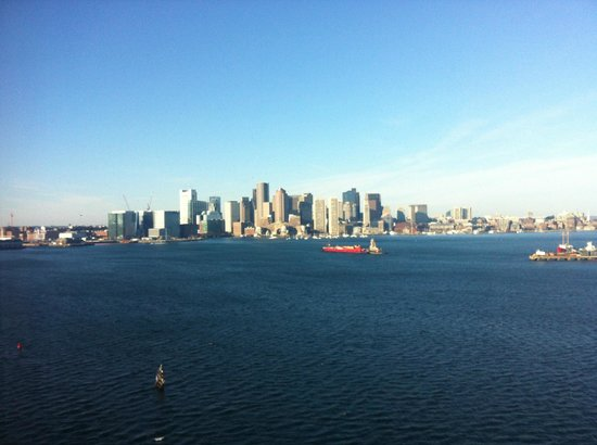 Hyatt Regency Boston Harbor: main view from hotel room