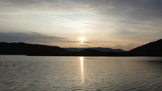 Tigh Na Bruach: Loch Ness Sunset