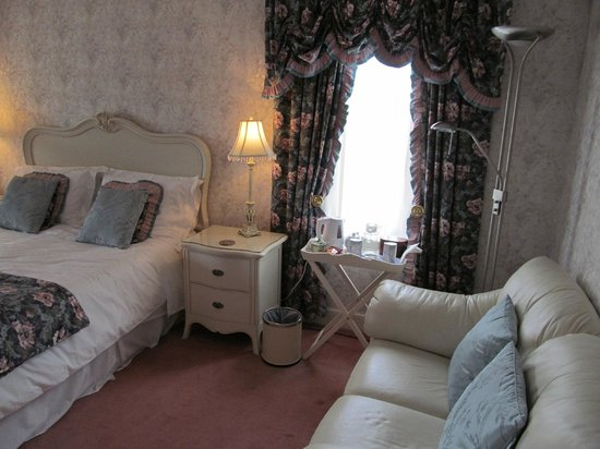 Tigh Na Bruach: The Fort William room