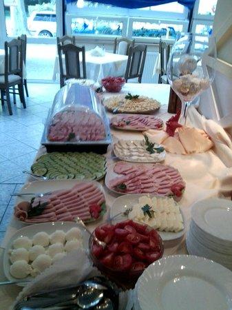 El Pak Hotel: Frühtick Buffet