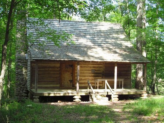 Sandy Creek Nature Center : Baber-Bridges Log House, ca. 1815