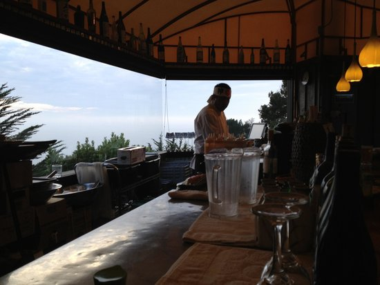 Treebones Resort Wild Coast Restaurant and Sushi Bar: Carlos and view from sushi bar