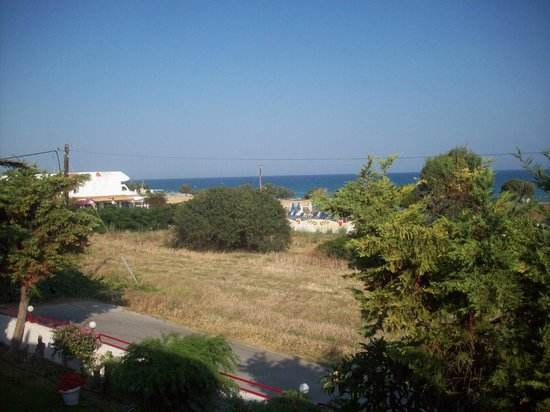Comfort Asterias Hotel: View from Theologos