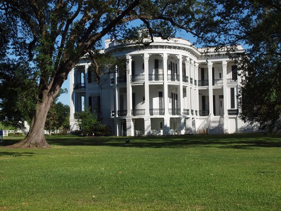 Nottoway Plantation Resort : The White Castle of Louisiana