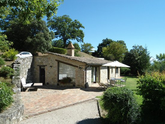 Borgo di Bastia Creti: this is the whole of our villa