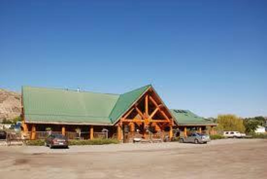 Bear's Claw Lodge: Hotel Front