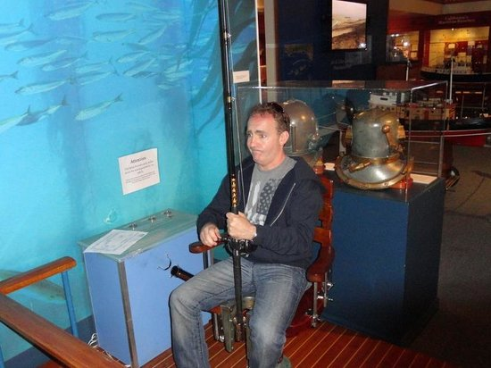 Santa Barbara Maritime Museum: Fishing simulator