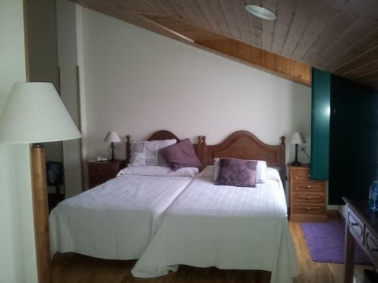 Hotel O Cabazo: dormitorio