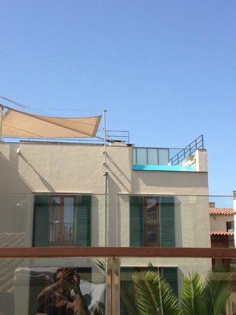 Hotel Tres: Rooftop terrace, looking at the other terrace