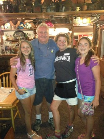 Marconi Beach Restaurant: Russ & the girls