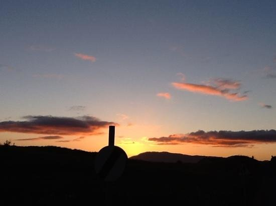 Strathgorm Bed and Breakfast : Sunset at Strathgorm House