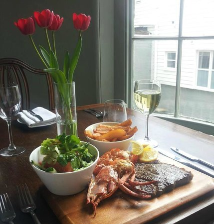 The Townhouse Restaurant: Our regular all you can eat Lobster and Steak BBQ