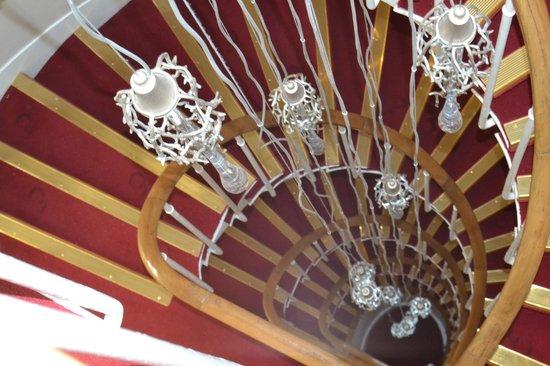 Hotel Elysee Gare de Lyon : Escalera