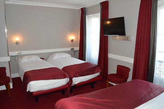 Hotel Elysee Gare de Lyon : Habitacion camas para los niños