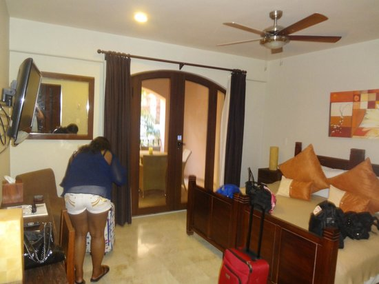 Acanto Hotel & Condominiums : Room