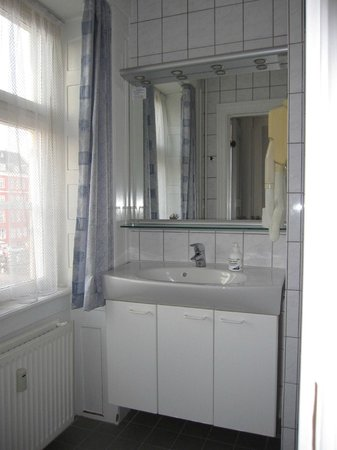 Somandshjemmet Bethel: Bathroom