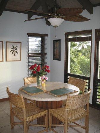 Aston at Poipu Kai: dining room