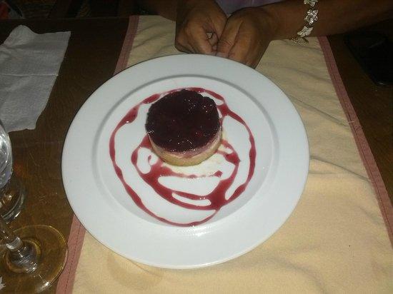 Yianni Restaurant: cheesecake