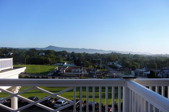 The Mimslyn Inn : View from the Blue Ridge Suite