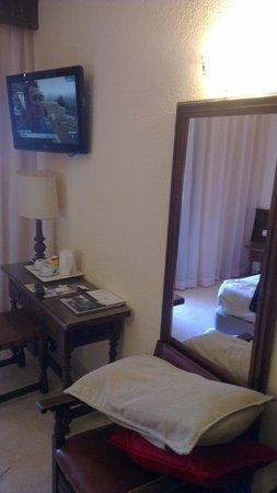 Hotel Alfonso VI: Dormitorio doble